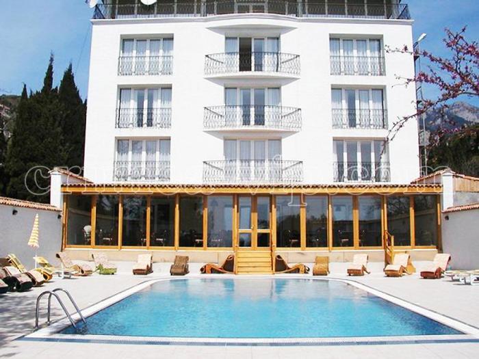 МО-462. Мини-отель в парке Симеиза на 21 номер