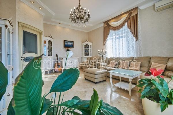 ПН-888. Продажа эксклюзивной квартиры в Севастополе