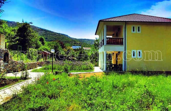 ГК-604. Коттедж на 2 спальни в Байдарской долине.