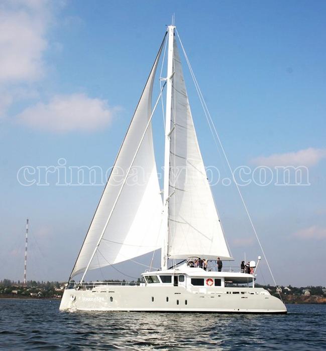 АЯ-911. Парусная яхта Николаев