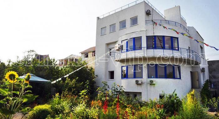 АК-207. Коттедж на 4 спальни в Севастополе.