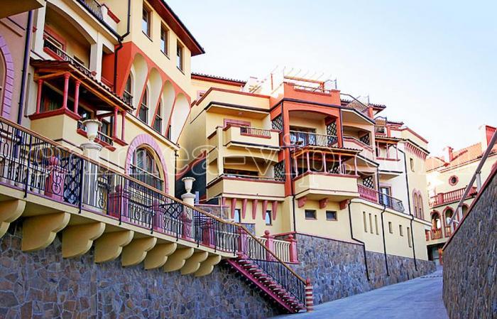АП-309. Апартаментный комплекс в Гурзуфе.