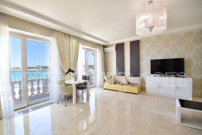 АП-360. Апартаменты на 3 спальни в Севастополе.