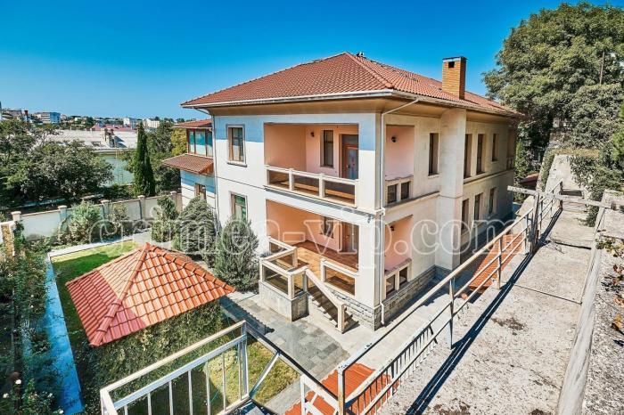 ПН-861. Продажа дома в историческом центре Севастополя.