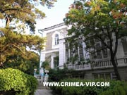 Дворец Кузнецова на территории санатория Форос